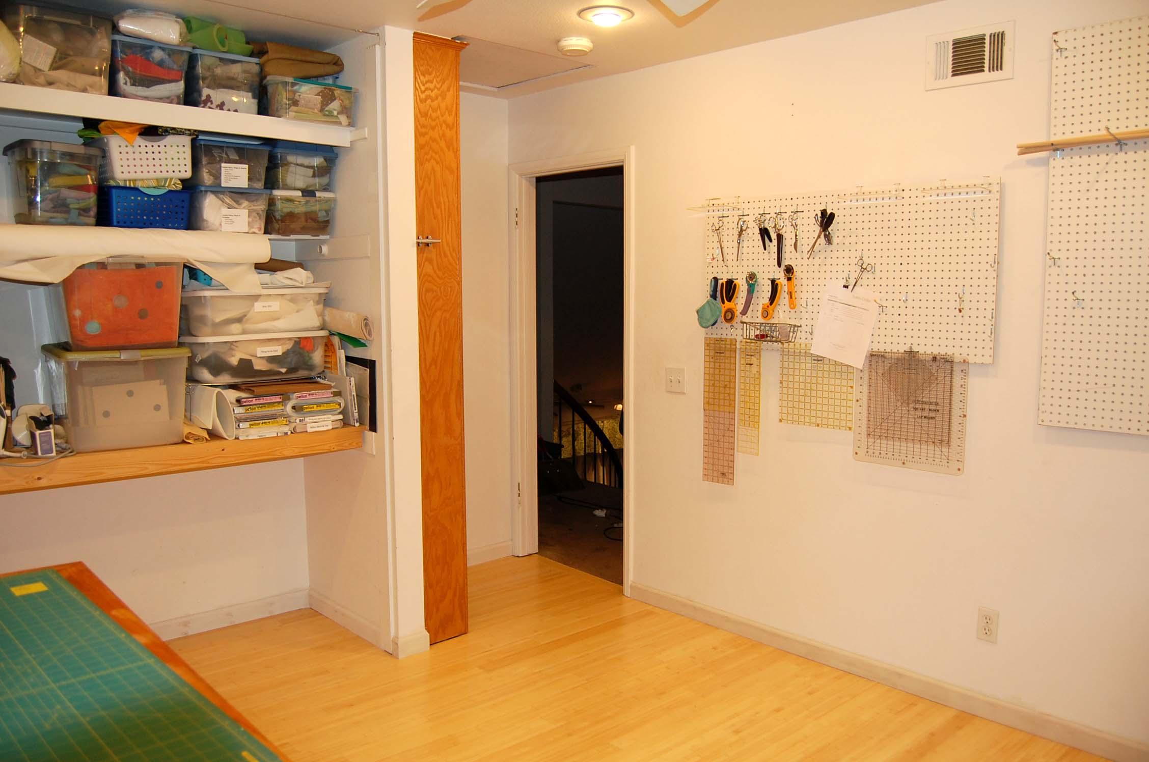 studio-floor-009400
